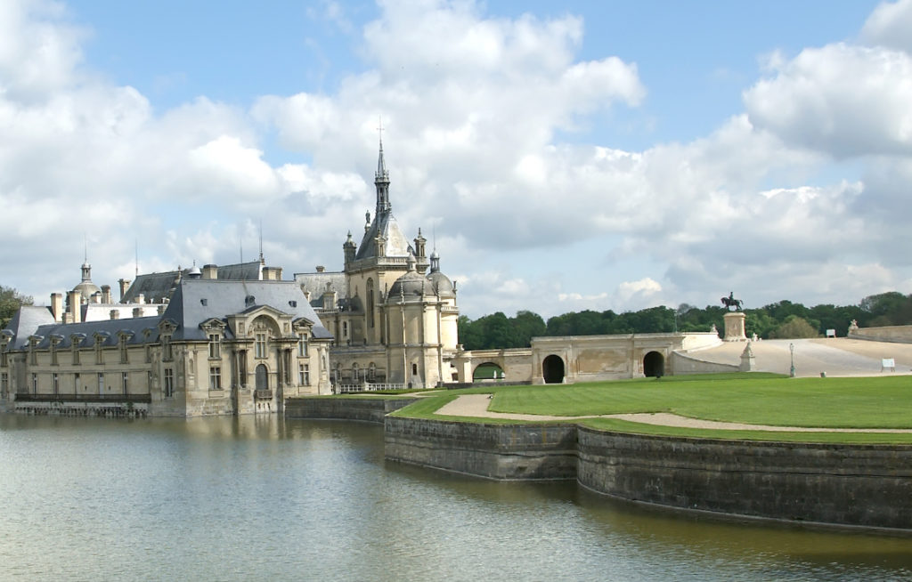 Chateau Chantilly Finding France